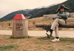 Thredbo 1989 waiting for the snow