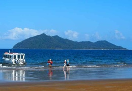 Mission Beach Dunk Island water taxi